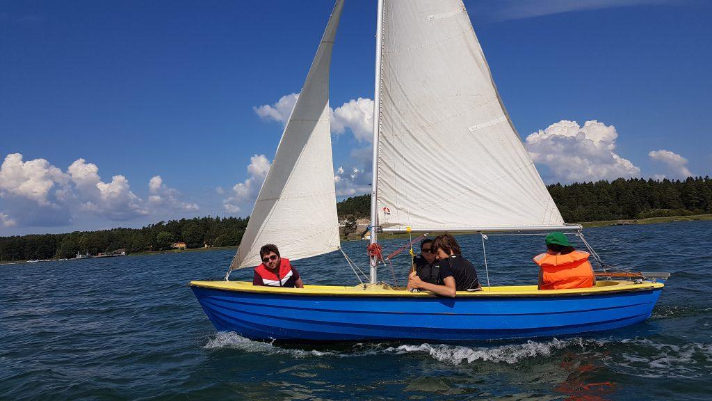 Några av mina seglarkompisar ombord på en Monark 44.